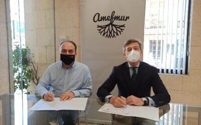 Amefmur y Onda Cero Murcia firman un acuerdo de colaboración para visibilizar la labor de las empresas familiares