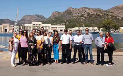 El Fórum de Jóvenes de AMEFMUR visita el arsenal de Cartagena