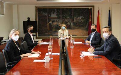 Jose María Tortosa se reúne con la Consejera Martínez Vidal