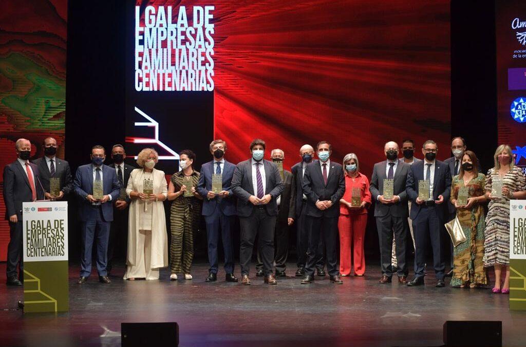 Diez empresas familiares de la Región de Murcia, distinguidas por su centenaria trayectoria
